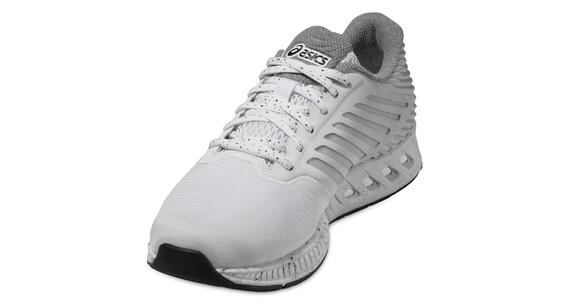 asics fuzeX - Chaussures de running Femme - gris